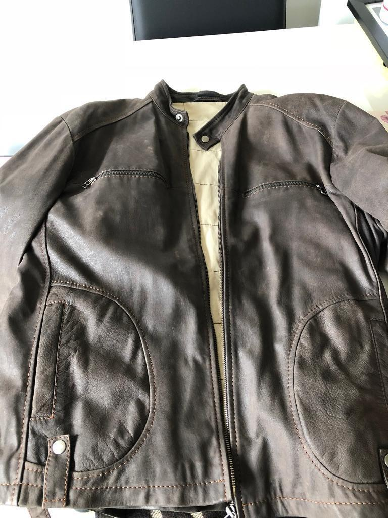 Men's Distressed Leather Jacket - size 44inch chest