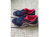 Ladies navy/bright pink Asics Run Gel Pulse running shoes size 6 virtually brand new hardly worn