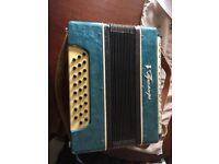 Ukrainian button accordian