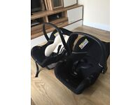 Buggy for twins and car seats