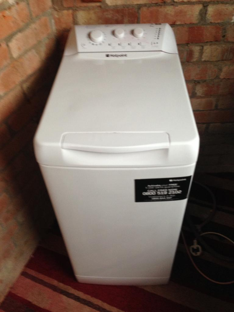 Hotpoint 7kg topload washing machine
