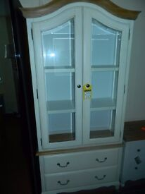 Ex display white display cabinet ONLY £200