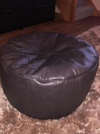 Kaikoo pouffe / footstool