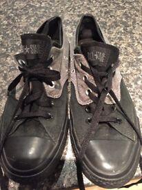 Grey/black converse size 7
