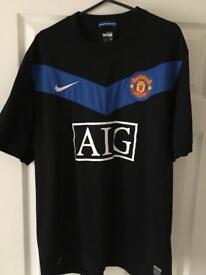 Man Utd away shirt - large - hardly worn