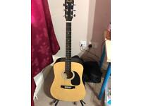 Acoustic Guitar - £40 ono