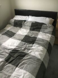 BROWN LEATHER DOUBLE BED FRAME