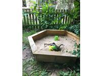Free sand box