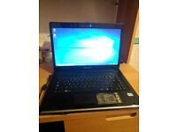 Windows 10 Advent Roma 2001 320GB HDD