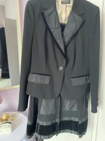 Blacky Dress Ladies Suit