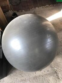 Gym Ball 600 mm diameter free to collector