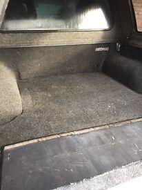 Top box and carpet liner l200