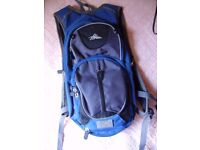 HIGH SIERRA 5L Hydration Backpack Air Flow Cooled Back Hiking Camping, as new