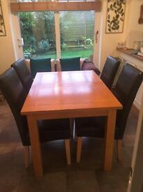 Oak veneer Dining Table & 4 Chairs