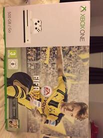 Brand new Xbox 500gb Fifa 17