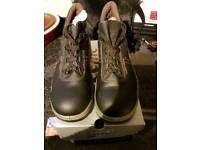 Steelite by portwest safety boots black size 6 brand new with box