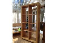DISPLAY SHELVES UNIT (200 cm (high) x 102 cm (wide) x 36 cm (deep) - wood (oak?) veneer.