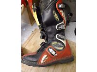 motox boots size 7