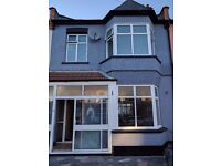 Beautiful brand new three bedroom house in Ilford/barking! WORKING PRO ONLY