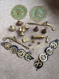 Box of various Brass items