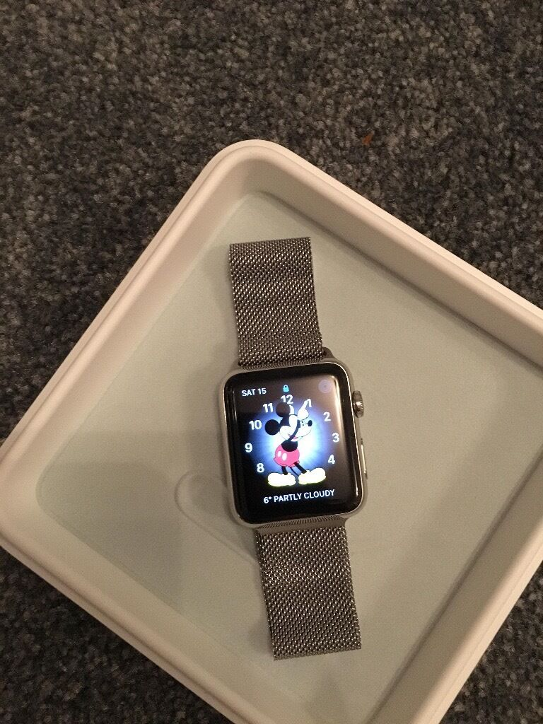 Apple Watch 42mm Stainless Steel Case and Milanese Loop Magnetic Closurein Southside, GlasgowGumtree - Apple Watch 42mm Stainless Steel Case and Milanese Loop Magnetic Closure Fully boxed and in excellent condition... RRP £599 Stunning Watch... Apple Watch measures your workouts, tracks your activity and helps encourage healthy living, all adding up...