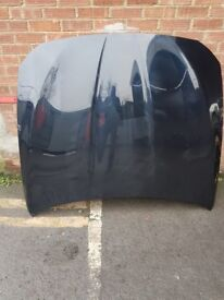 BMW F10 F11 BONNET OEM IN BLACK OUTSTANDING CONDITION NO SCRATCHERS NO DENTS