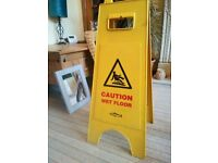 SAFETY SIGNS YELLOW WARNING WET FLOOR 2 SIGNS