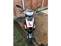 Longjia lj50qt-3l scooter/moped black very good condition