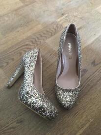 Miss KG Glitter Heals size 6