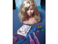 Princess Coralie Styling head