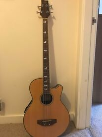Acoustic Bass with pickup & 3-band equaliser