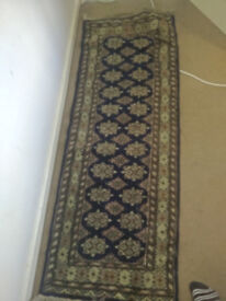 Silk thread rug