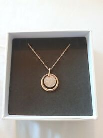 Womens rose gold necklace