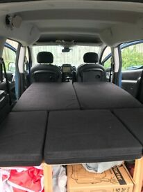 Removable camper van conversion for Peugeot Partner and simply vechicles