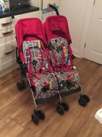 Maclaren twin triumph buggy