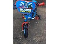 "Boys 12"" Thomas the tank bike with helmet IMMACULATE CONDITION"