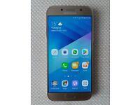 Samsung J5 2016 model in gold - SIM Free