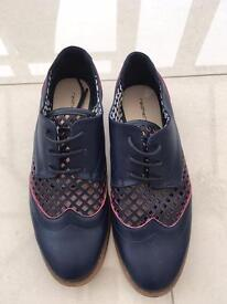 LADIES brogue shoes UK 5