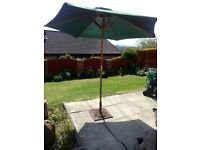 Asda green garden parasol excellent condition