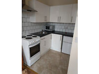 £350 / w -Two bedroom flat minutes from West Kensington statiom