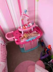 Kids toy changing unit
