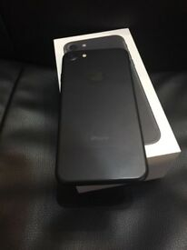 Apple iPhone 7 32gb SIM FREE Unlocked Boxed as new