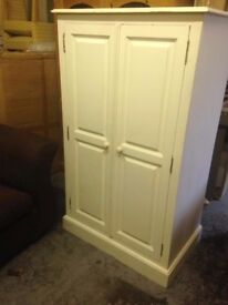 SOLID PINE PAINTED WARDROBE IN GOOD USED CONDITION FREE LOCAL DELIVERY AVAILABLE 07486933766