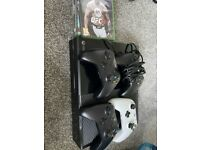 Xbox One Bundle, Console, x4 remotes, x5 games £220