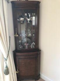 Mahogany corner unit £30