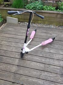 Fliker Scooter F3 - Pink & White