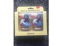 Guinness Toucan salt & pepper set