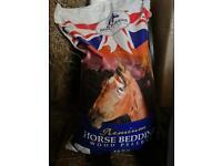 Blue Ribbon Horse Bedding 15kg bag (Shavings / Straw Substitute)