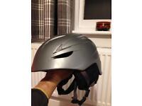 Giro G10 Ski Snowboard helmet