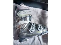 Brand New Tecnica Phoenix Max 10 Air Womans Ski Boot - size 23.5